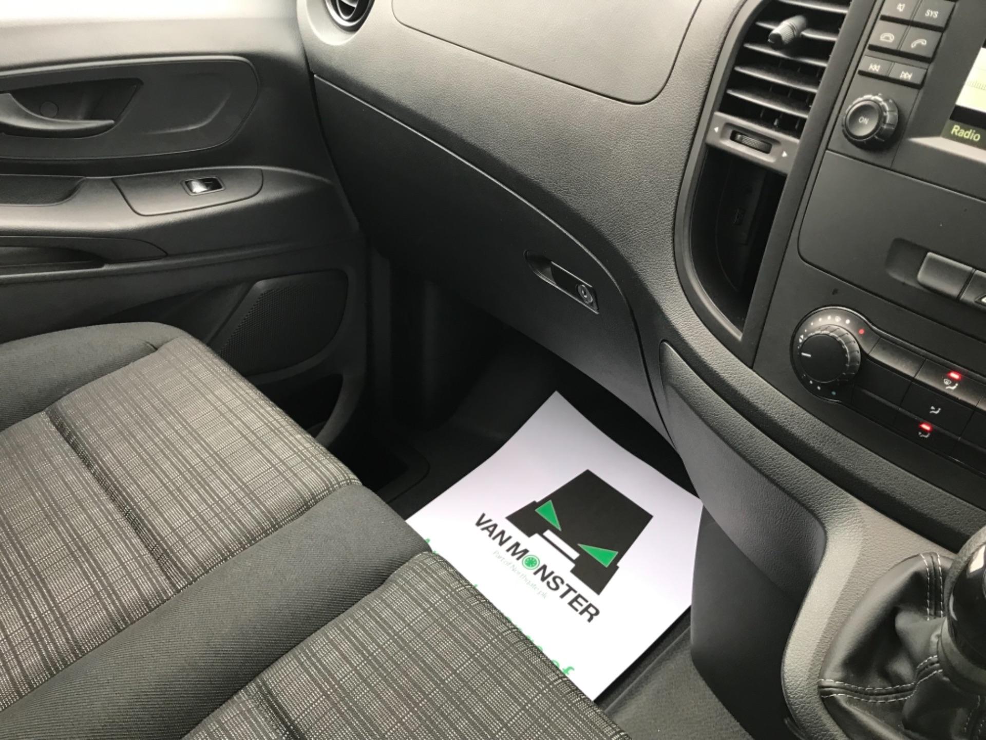 2019 Mercedes-Benz Vito LONG 111CDI VAN EURO 6  (KO19AXY) Image 13