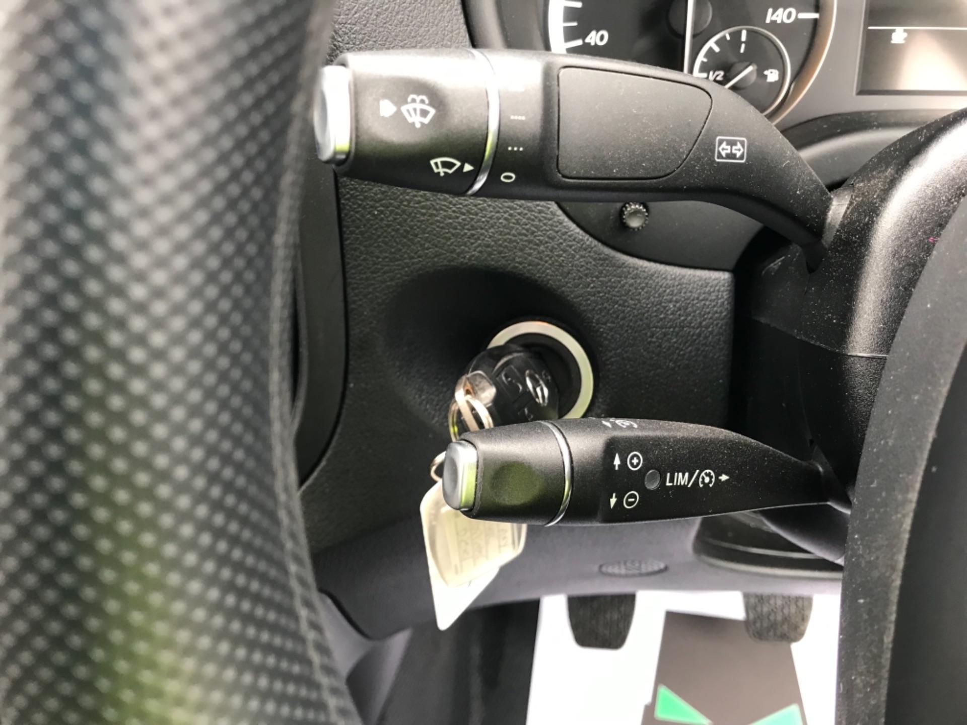 2019 Mercedes-Benz Vito LONG 111CDI VAN EURO 6  (KO19AXY) Image 18