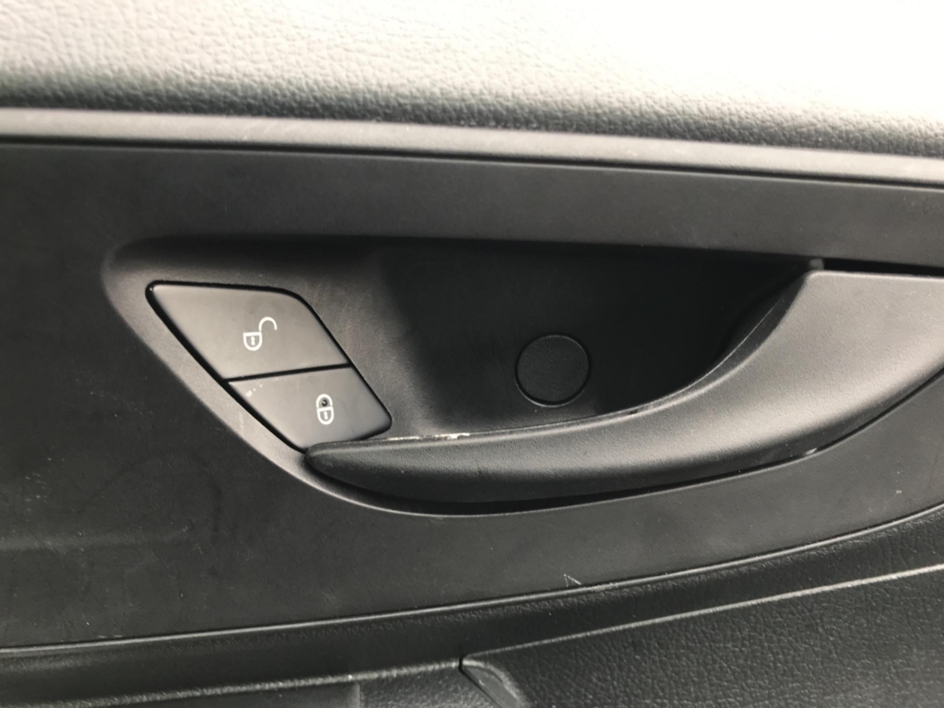 2019 Mercedes-Benz Vito LONG 111CDI VAN EURO 6  (KO19AXY) Image 22