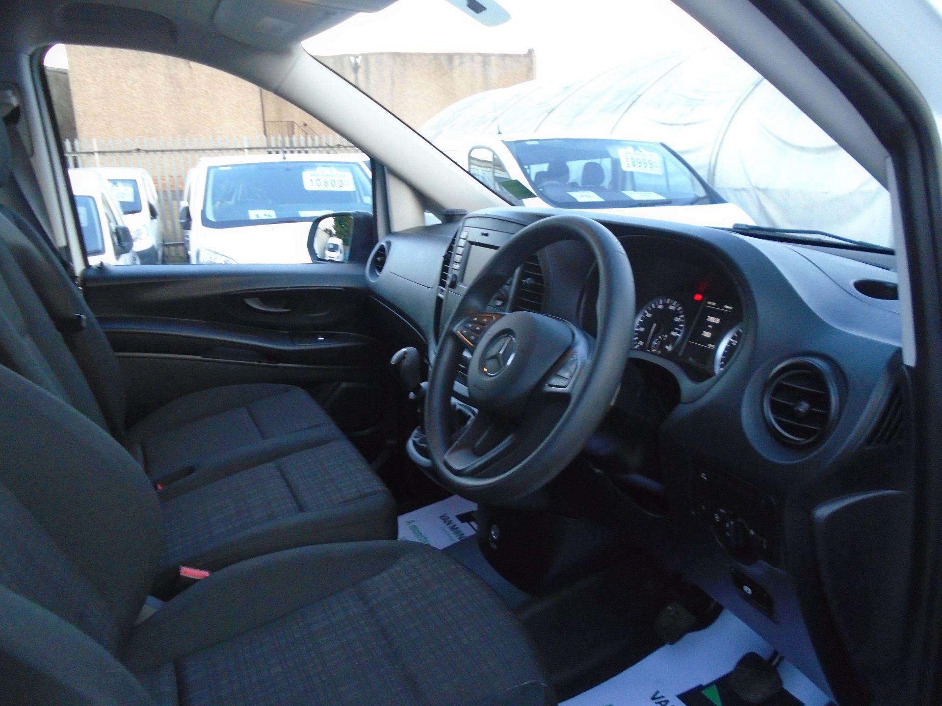 2019 Mercedes-Benz Vito 111Cdi Van (KO19AXZ) Image 19