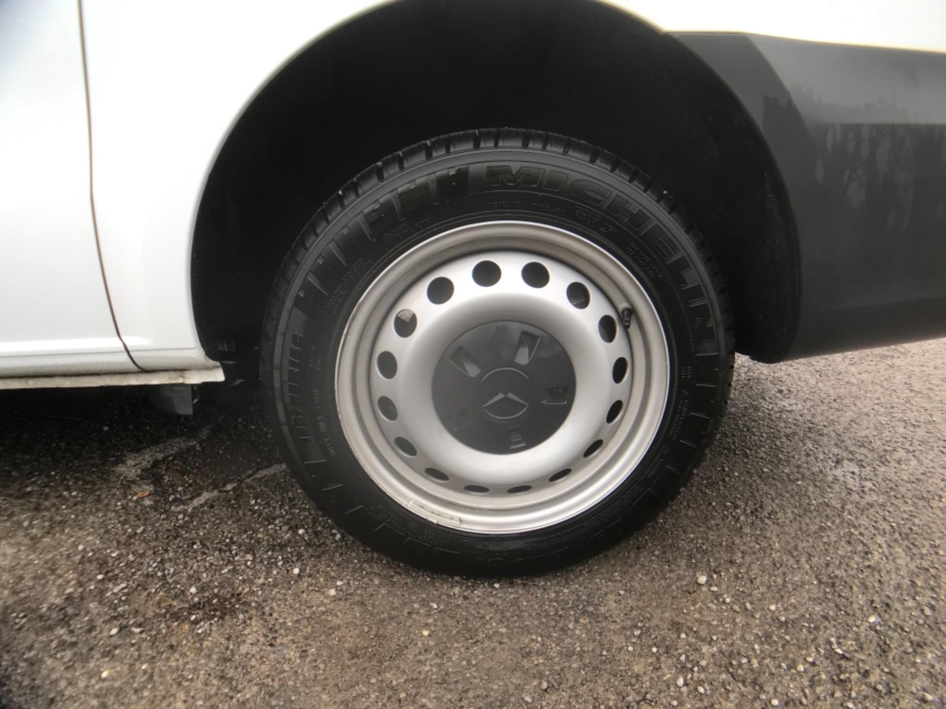 2019 Mercedes-Benz Vito LONG 111CDI VAN EURO 6  (KO19AYF) Image 28
