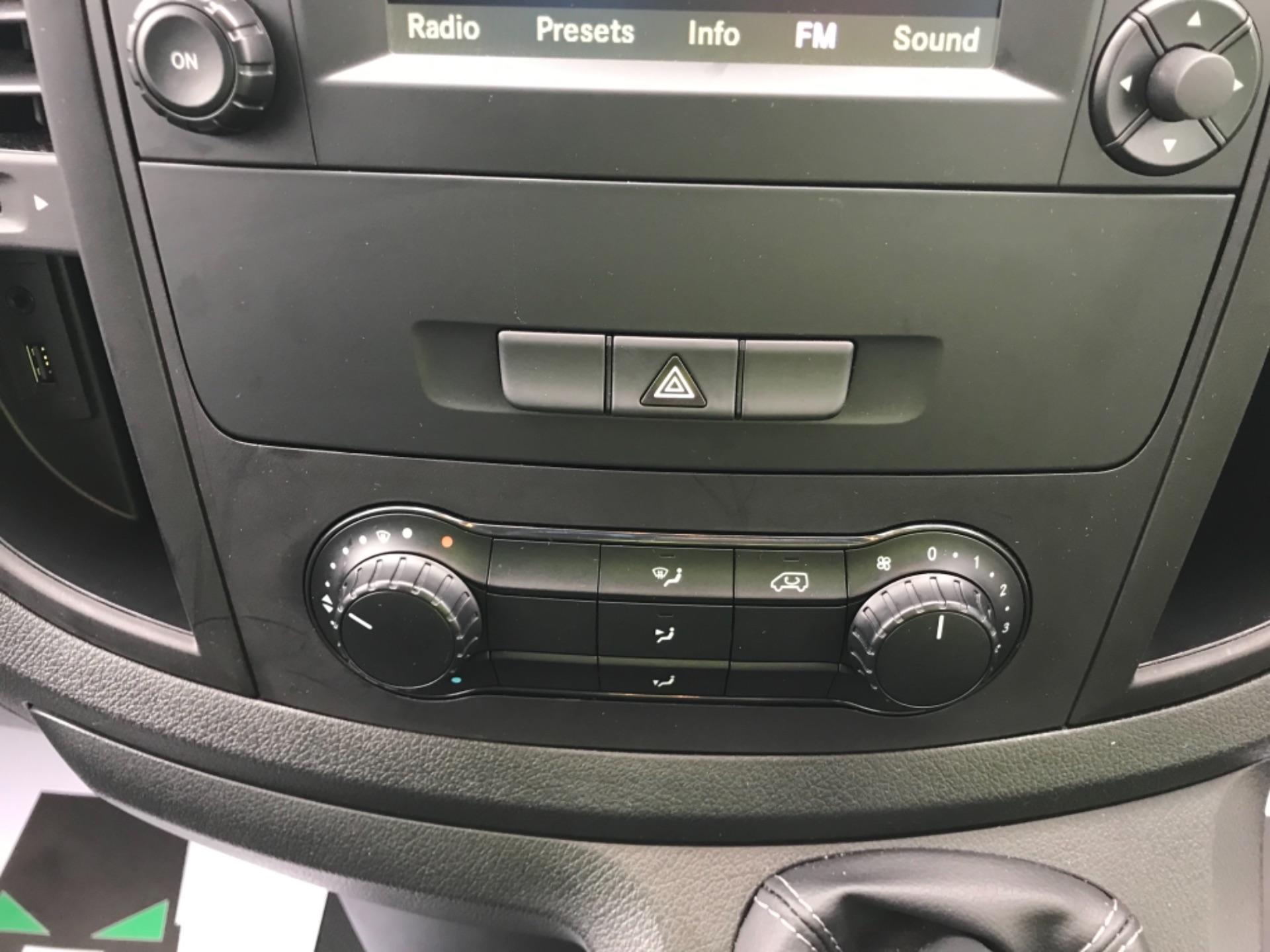 2019 Mercedes-Benz Vito LONG 111CDI VAN EURO 6  (KO19AYF) Image 20