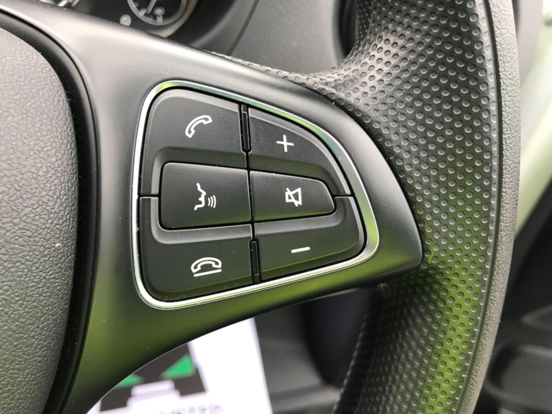 2019 Mercedes-Benz Vito LONG 111CDI VAN EURO 6  (KO19AYF) Image 16