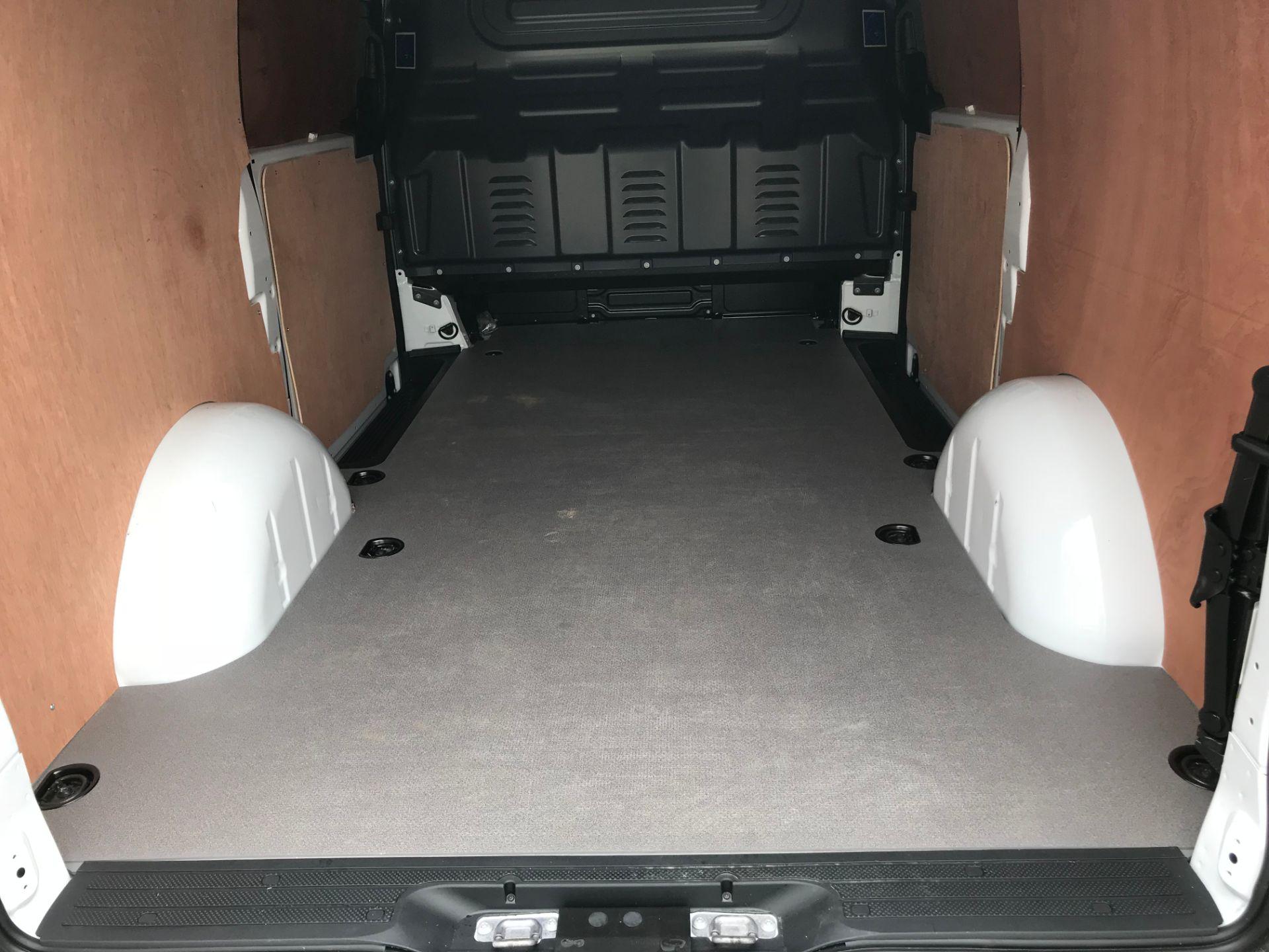 2019 Mercedes-Benz Vito 111Cdi Van (KO19AYK) Image 12