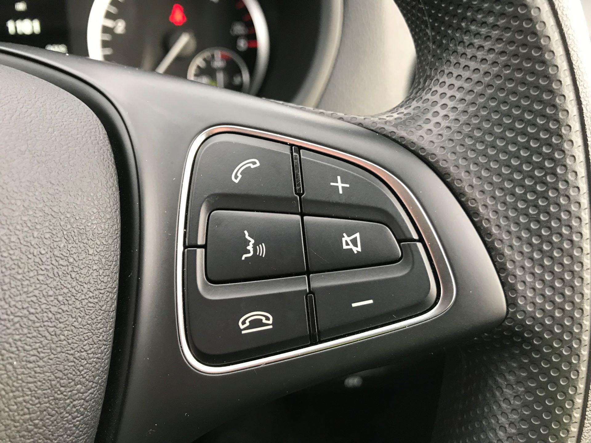 2019 Mercedes-Benz Vito 114Cdi Van (KO19AYT) Image 29