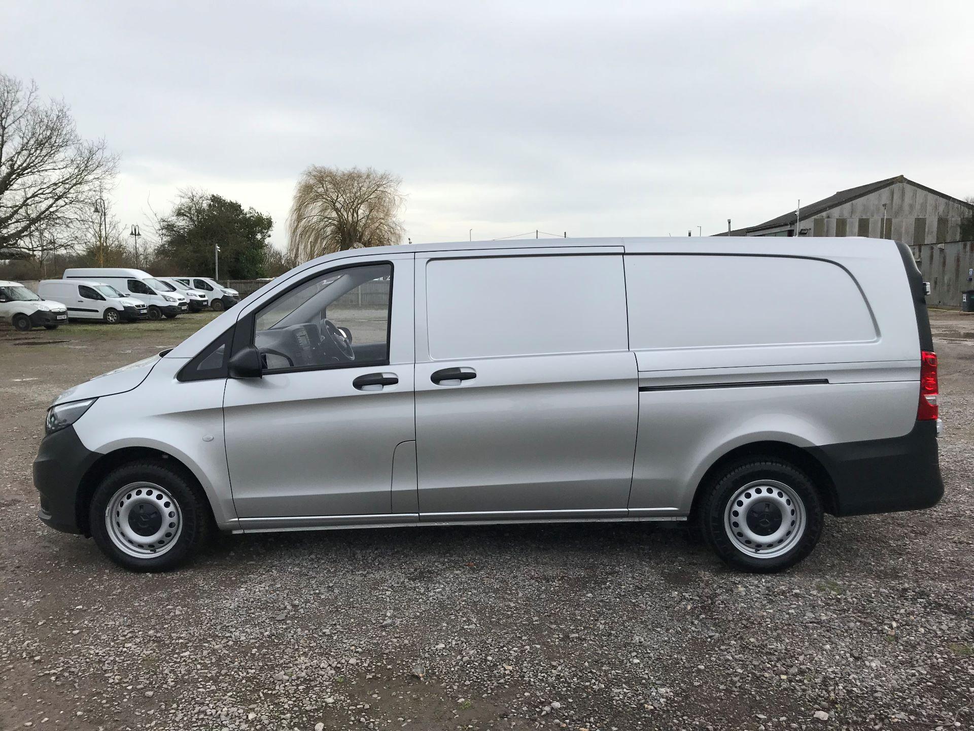 2019 Mercedes-Benz Vito 114Cdi Van (KO19AYT) Image 11