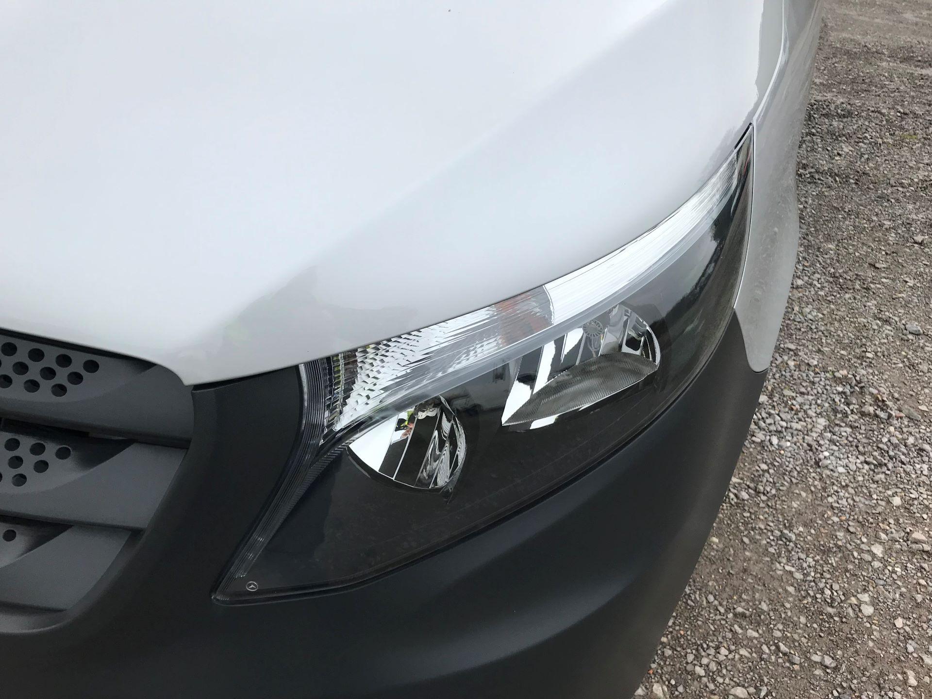 2019 Mercedes-Benz Vito 114Cdi Van (KO19AYT) Image 19