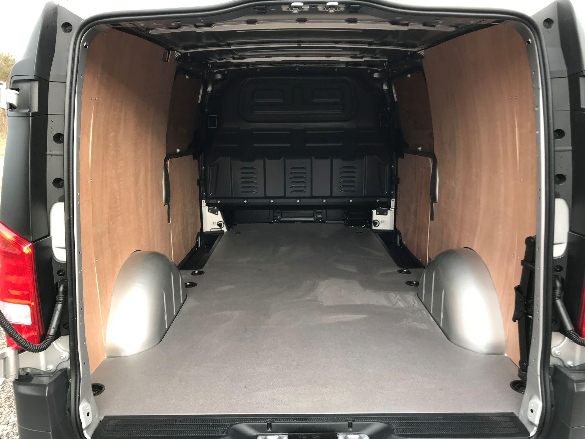 2019 Mercedes-Benz Vito 114Cdi Van (KO19AYT) Image 8