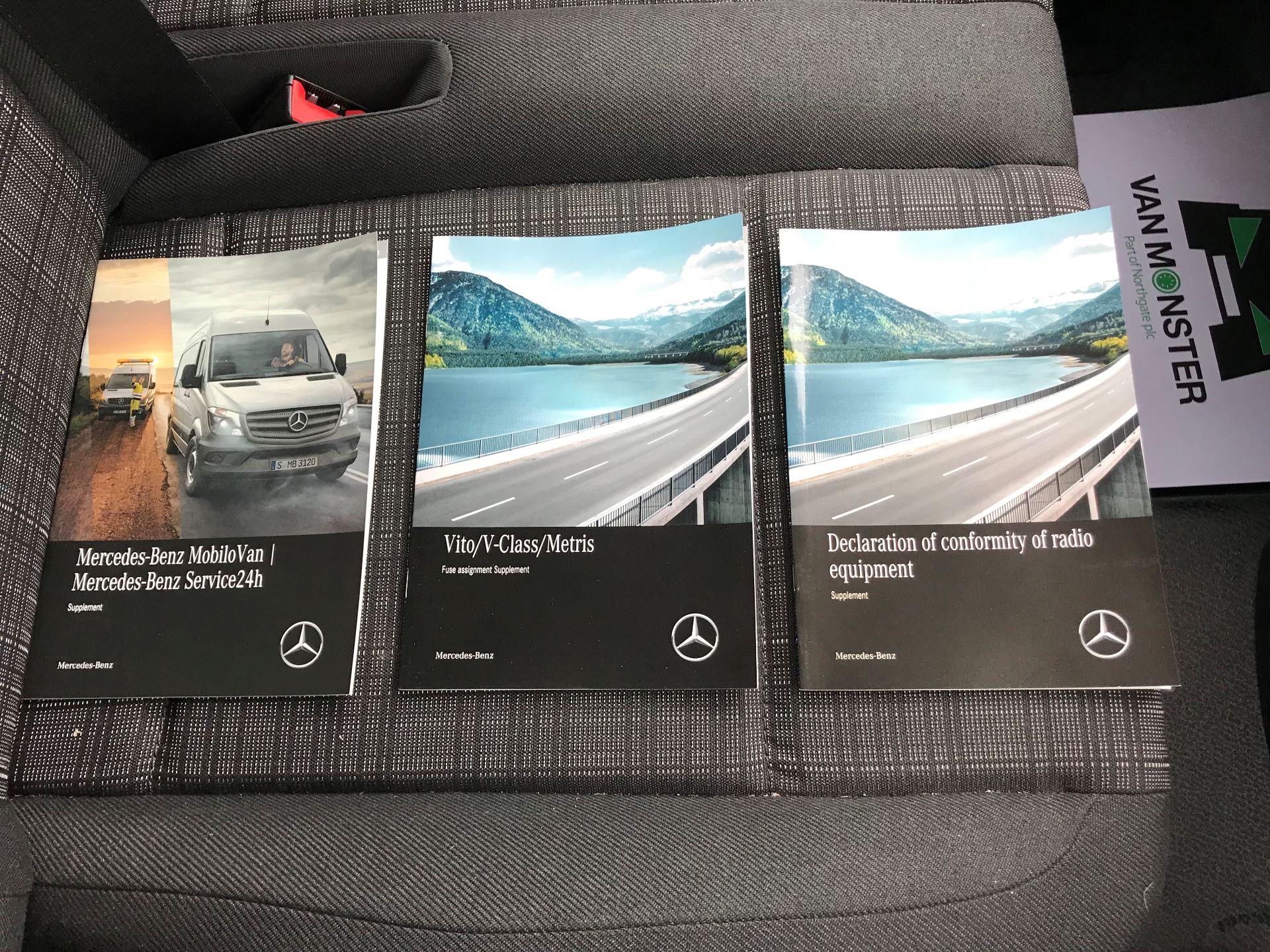 2019 Mercedes-Benz Vito 114Cdi Van (KO19AYT) Image 32