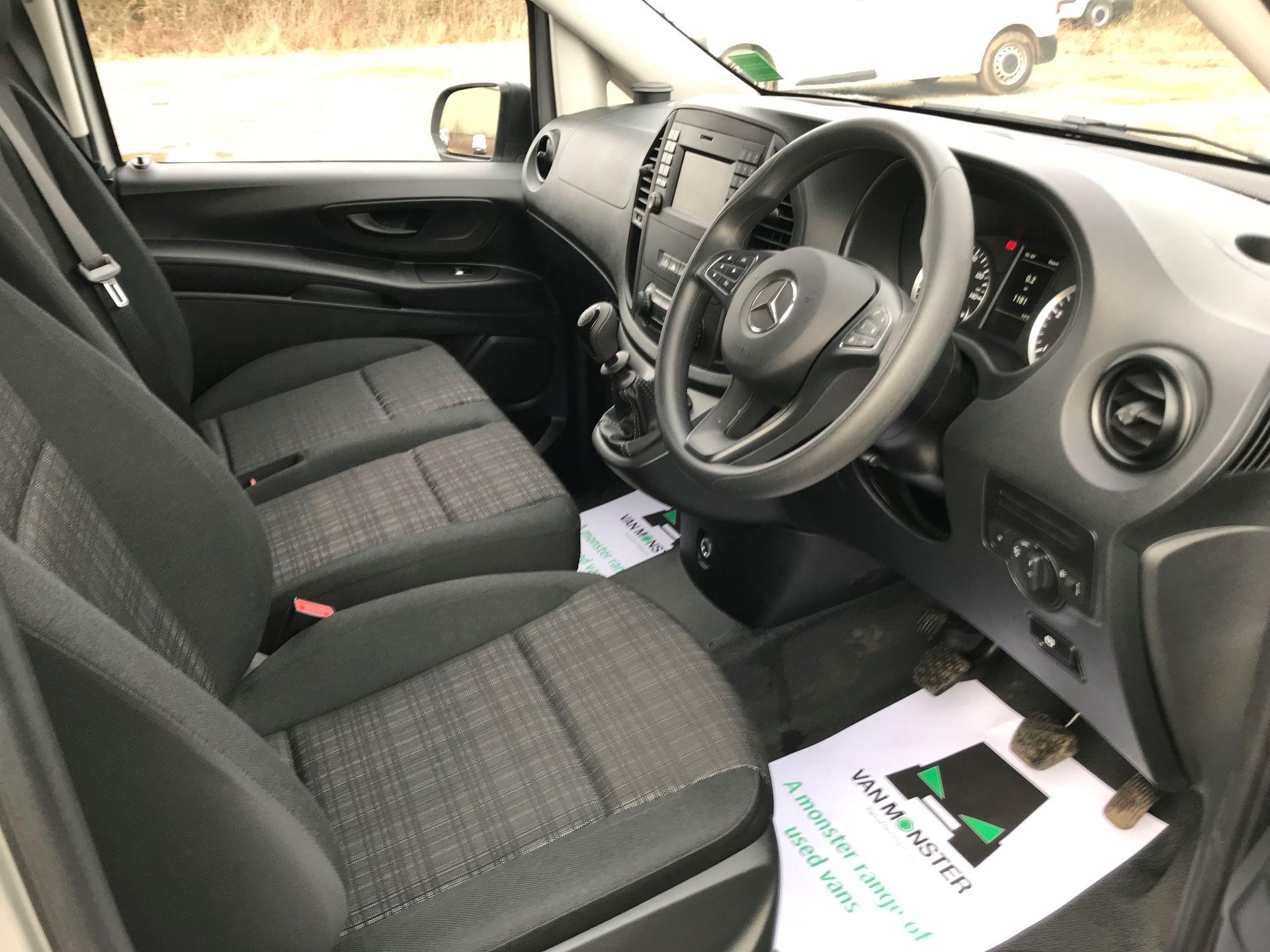 2019 Mercedes-Benz Vito 114Cdi Van (KO19AYT) Image 23