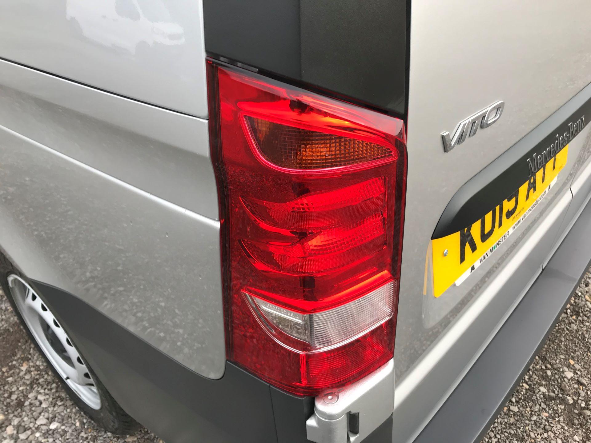 2019 Mercedes-Benz Vito 114Cdi Van (KO19AYT) Image 16