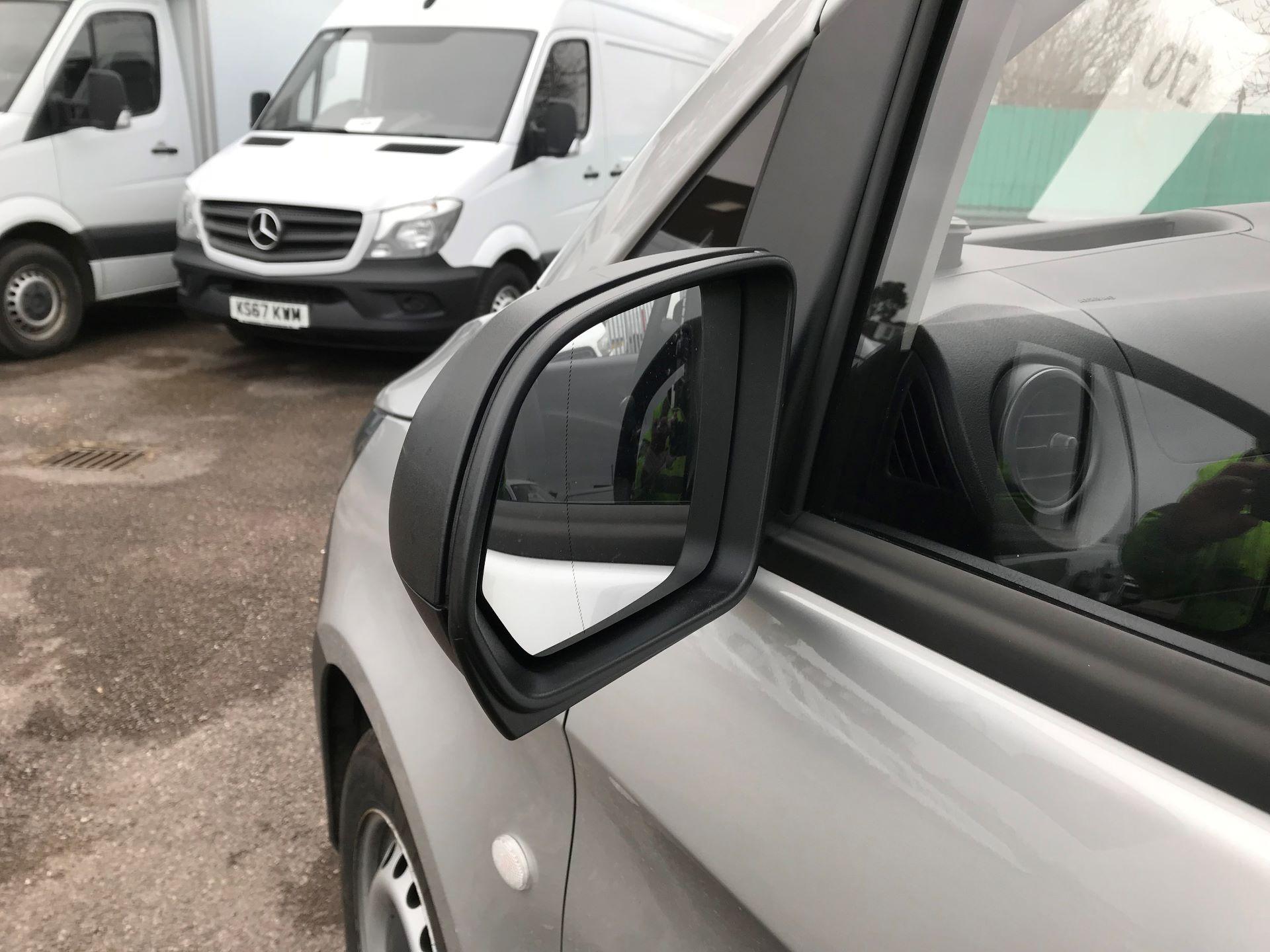 2019 Mercedes-Benz Vito  VITO 114 BLUETEC EURO 6 (KO19AZD) Image 12