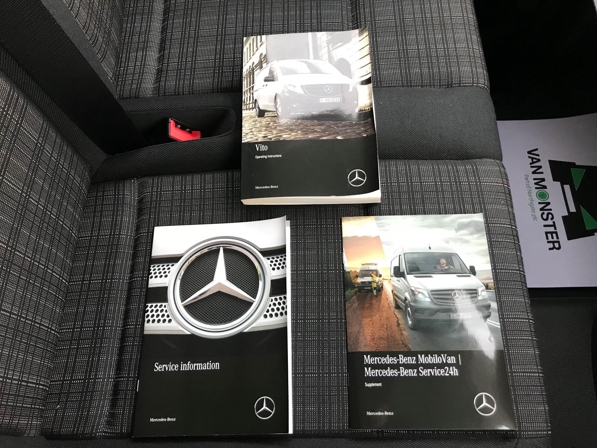 2019 Mercedes-Benz Vito 114Cdi Van (KO19BBF) Image 32