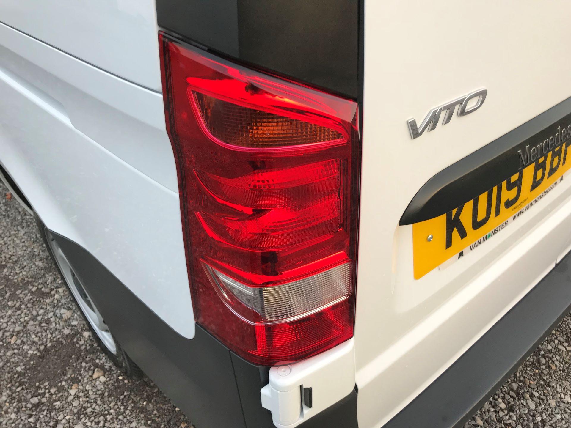 2019 Mercedes-Benz Vito 114Cdi Van (KO19BBF) Image 16