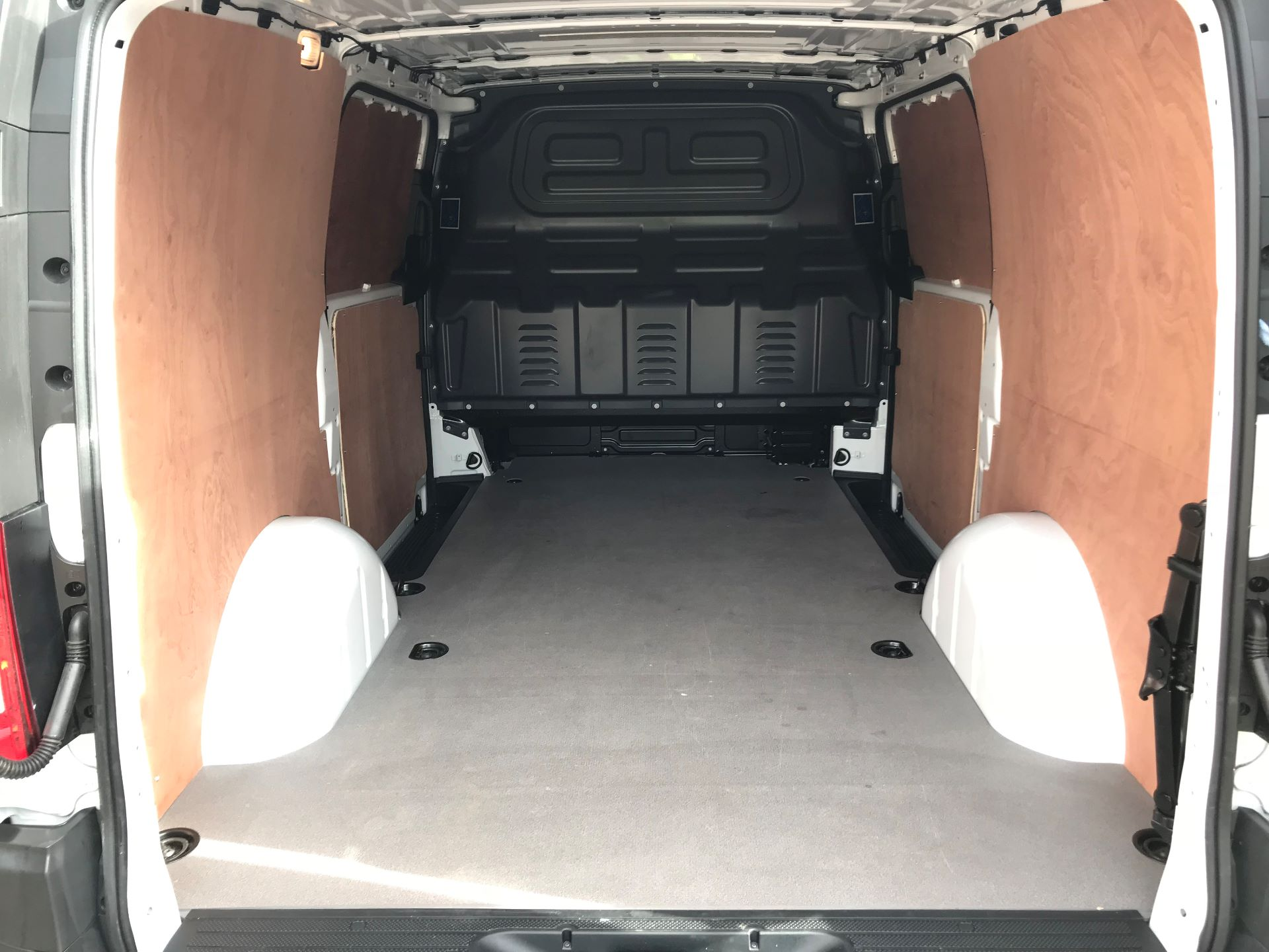 2019 Mercedes-Benz Vito 114Cdi Van (KO19BBJ) Image 8