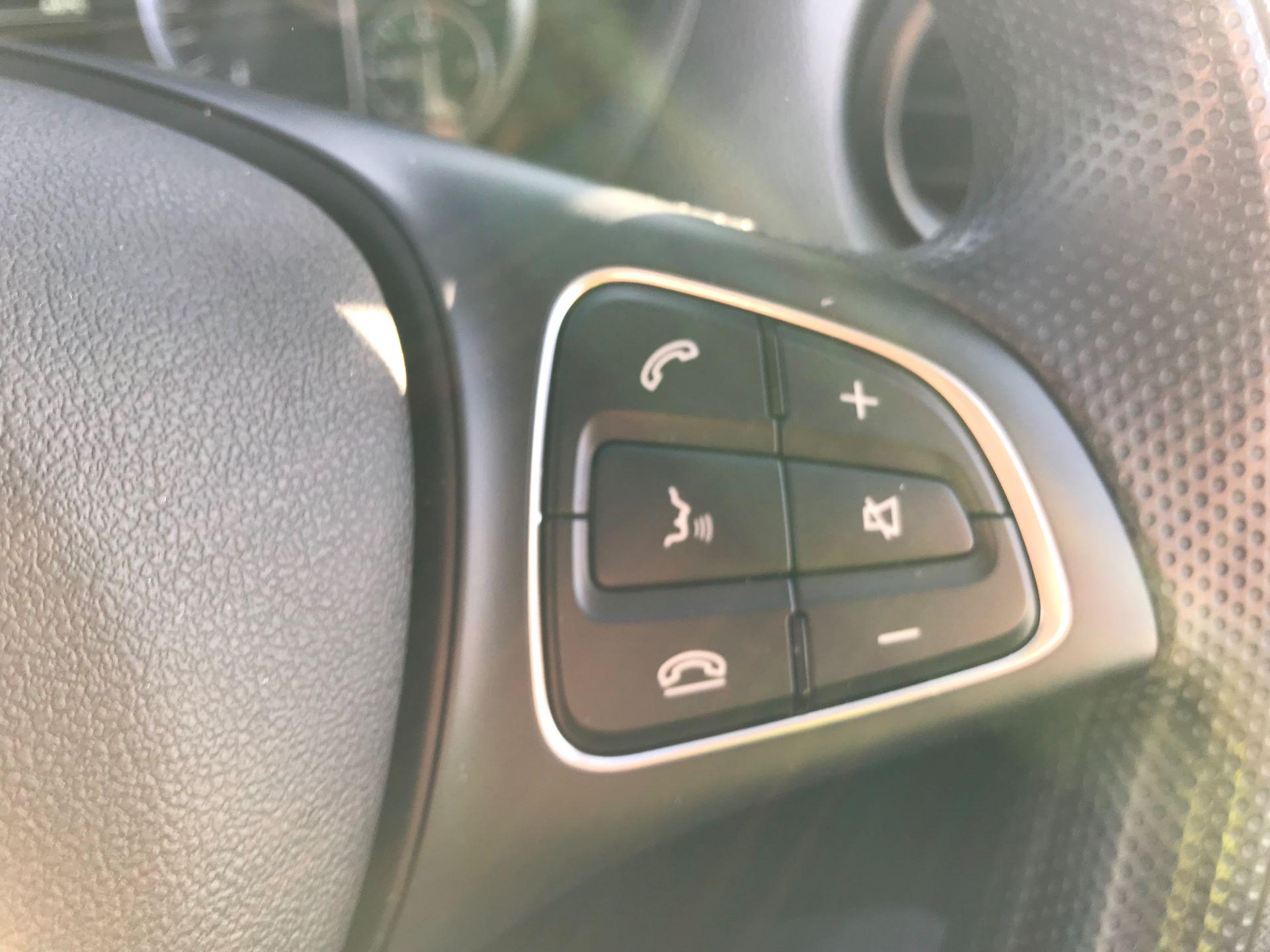 2019 Mercedes-Benz Vito 114Cdi Van (KO19BDE) Image 29