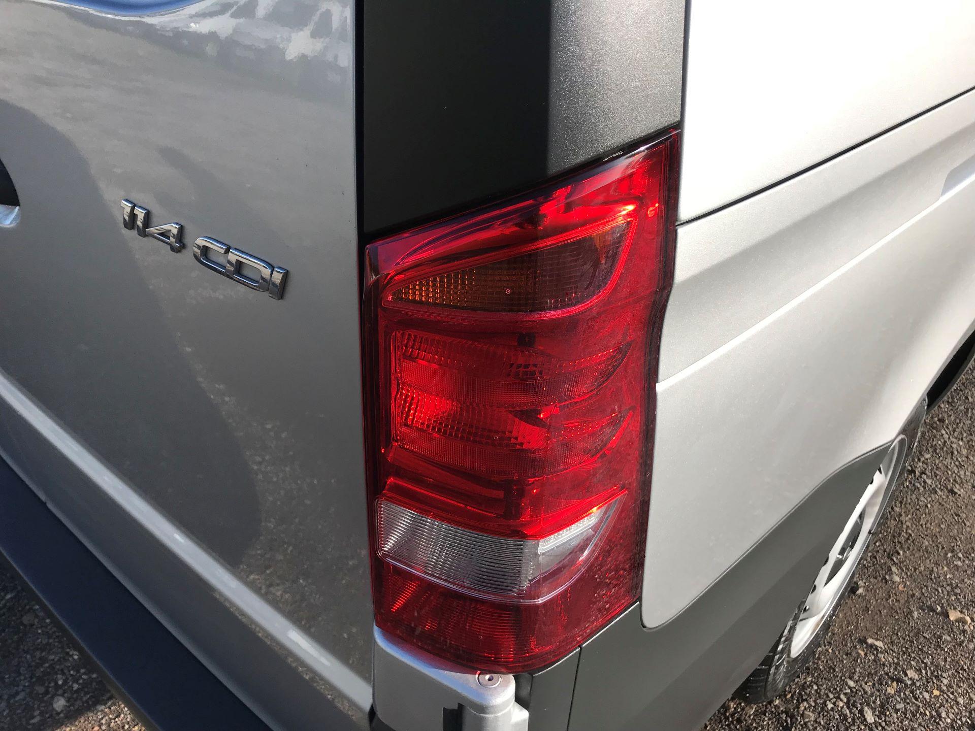 2019 Mercedes-Benz Vito 114Cdi Van (KO19BDE) Image 17