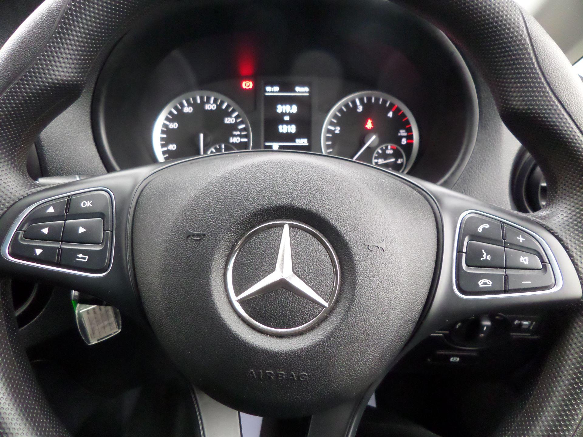 2019 Mercedes-Benz Vito 114Cdi LWB Van Euro 6 (KO19BGF) Image 13
