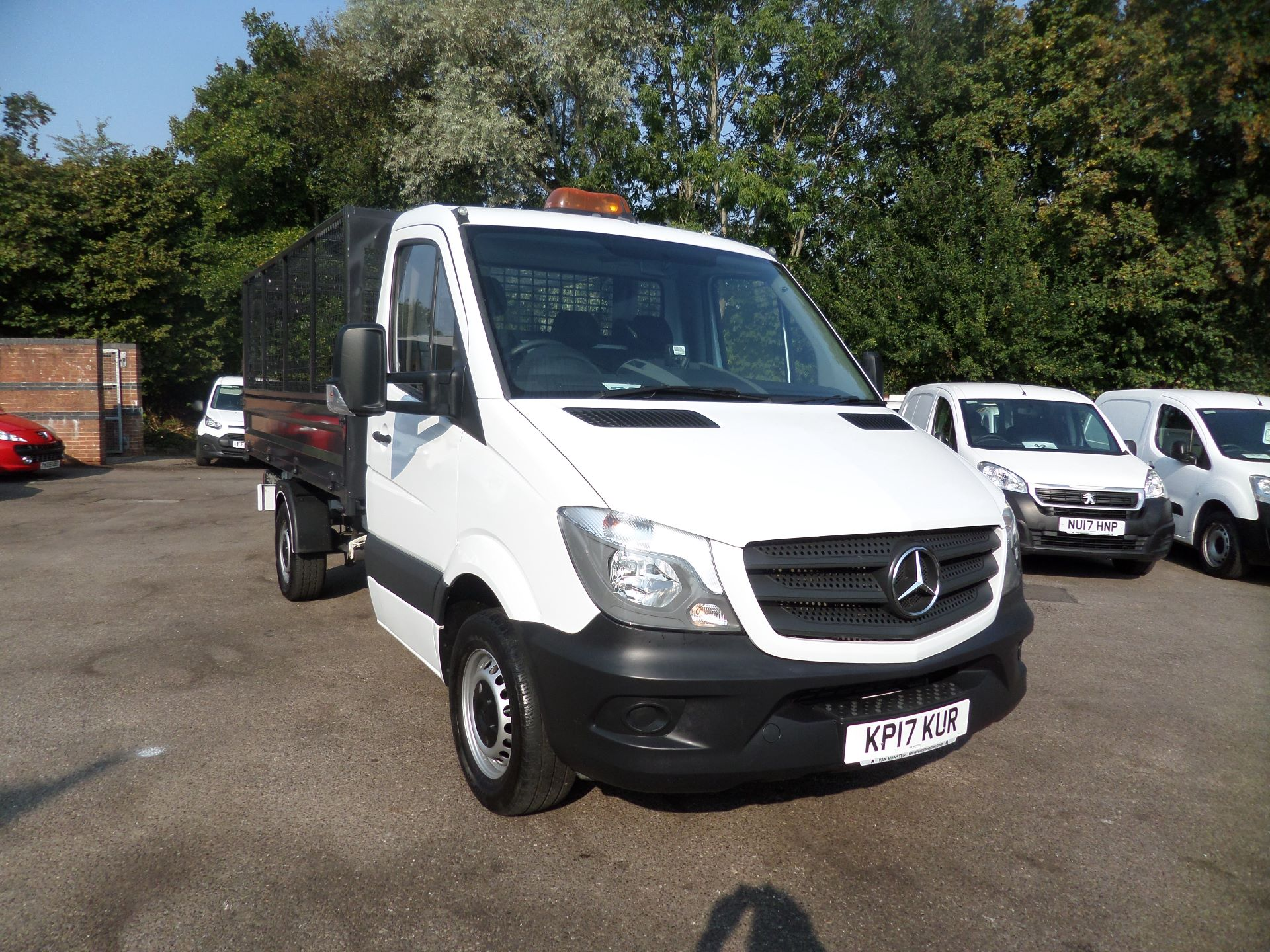 2017 Mercedes-Benz Sprinter 314 Single Cab Caged Tipper Euro 6 (KP17KUR)