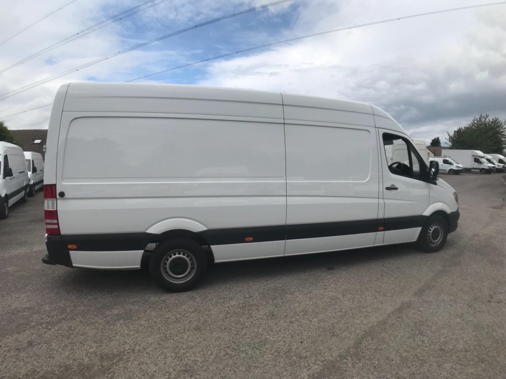 2017 Mercedes-Benz Sprinter  314 LWB H/R VAN EURO 6 (KP17KWH) Image 4