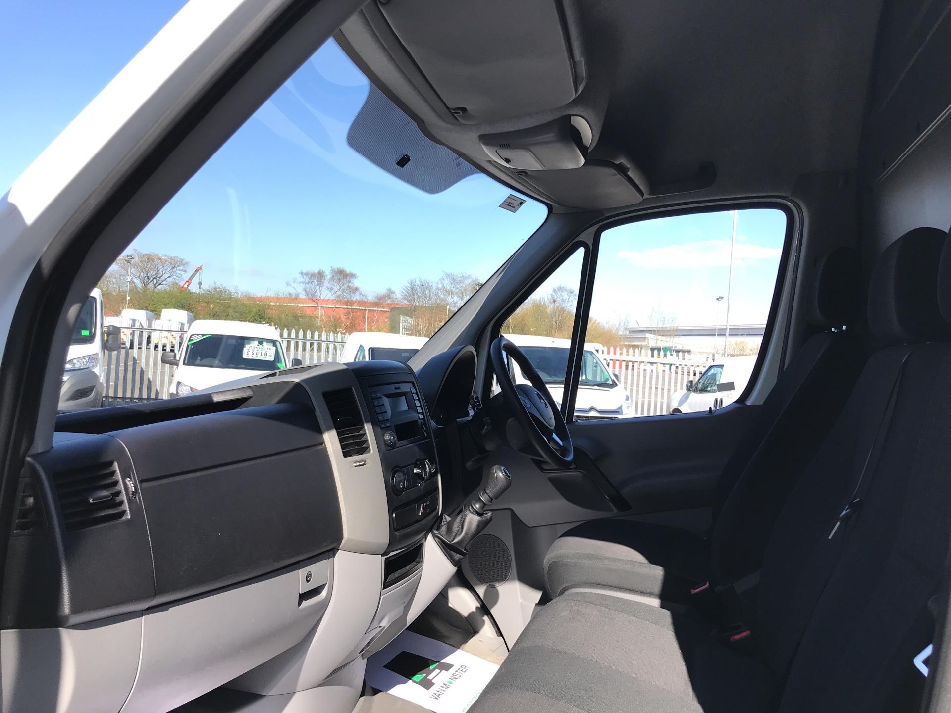 2017 Mercedes-Benz Sprinter  314 LWB H/R VAN EURO 6 (KP17KWZ) Image 14