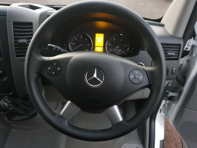 2016 Mercedes-Benz Sprinter 314 LWB H/R VAN EURO 6 (KP66HSK) Image 16