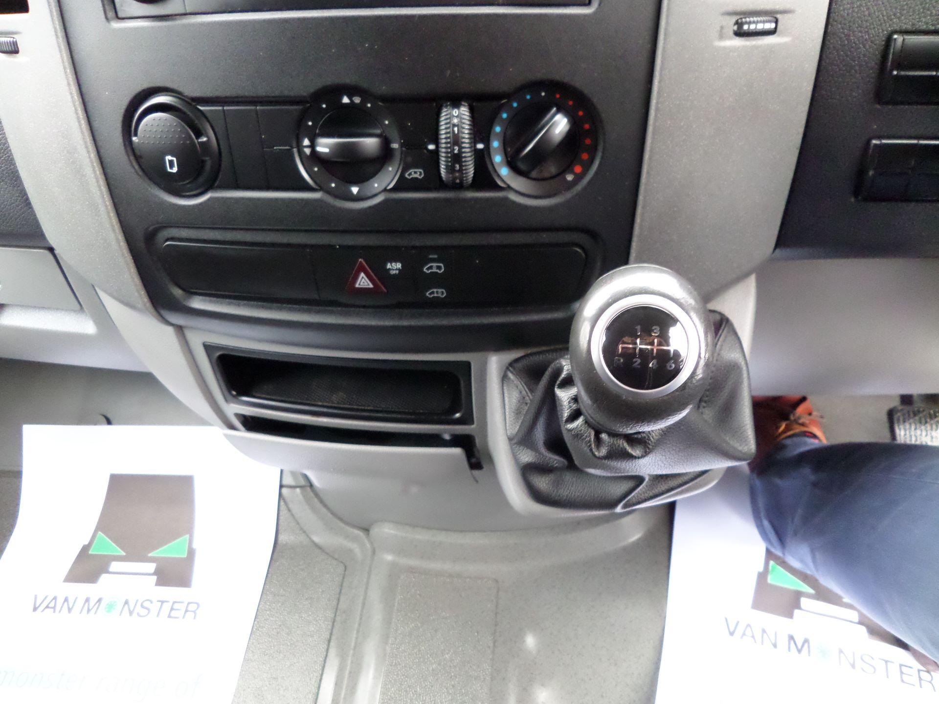 2016 Mercedes-Benz Sprinter 314 MWB Euro 6 (KP66HWG) Image 11