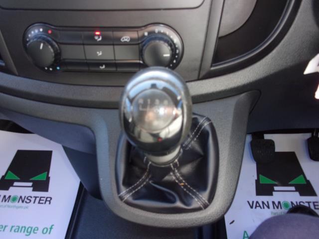 2017 Mercedes-Benz Vito 111Cdi long Van (KP67EGZ) Image 4