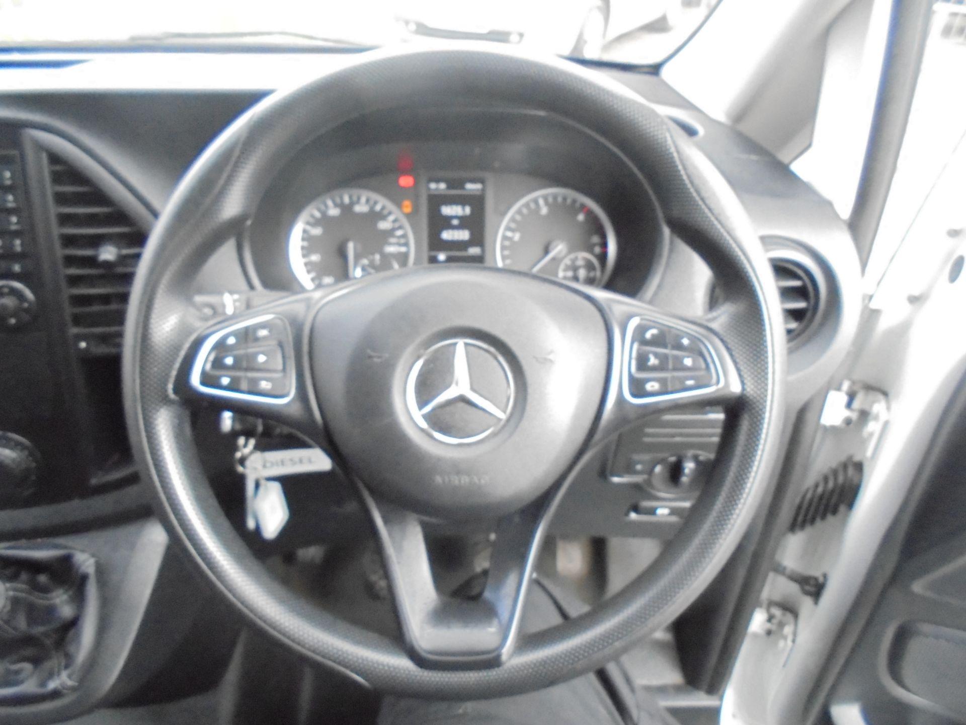 2017 Mercedes-Benz Vito LONG 111 CDI VAN EURO 6 (KP67EHL) Image 14