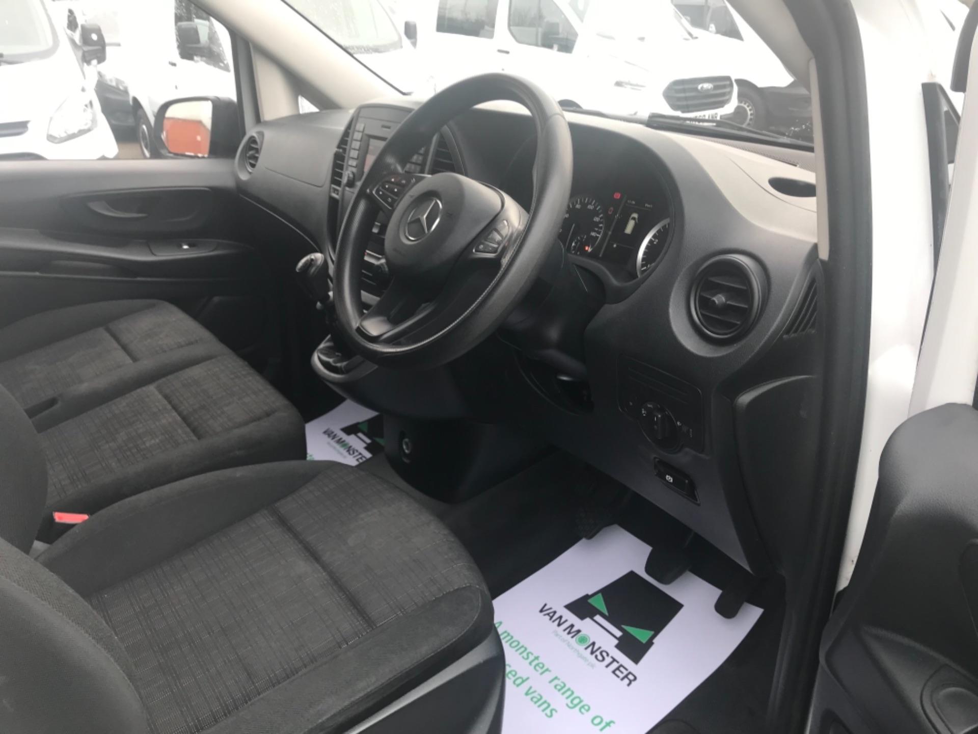 2017 Mercedes-Benz Vito LONG 111CDI VAN EURO 6  (KP67EJC) Image 14