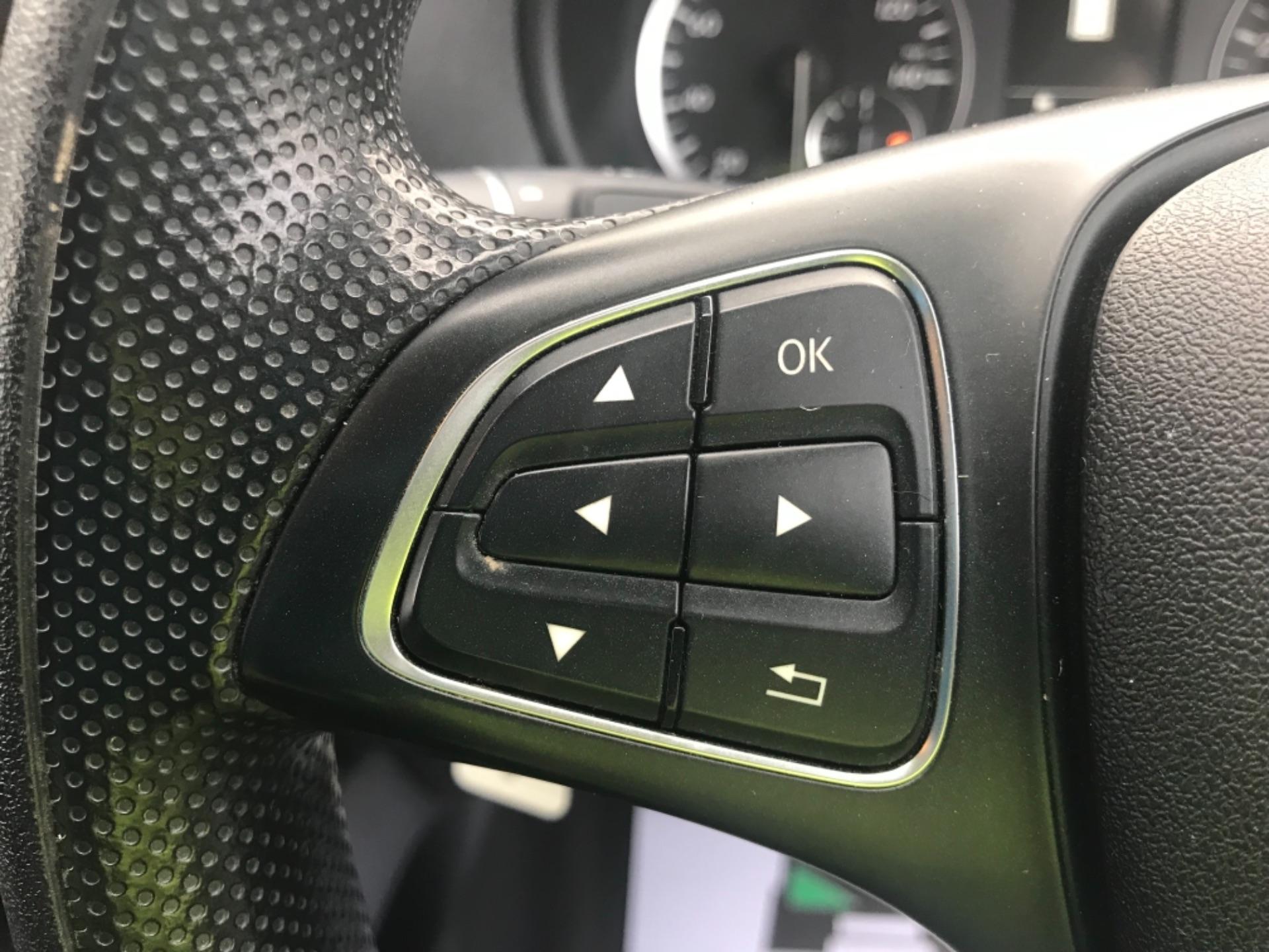 2017 Mercedes-Benz Vito LONG 111CDI VAN EURO 6  (KP67EJC) Image 20
