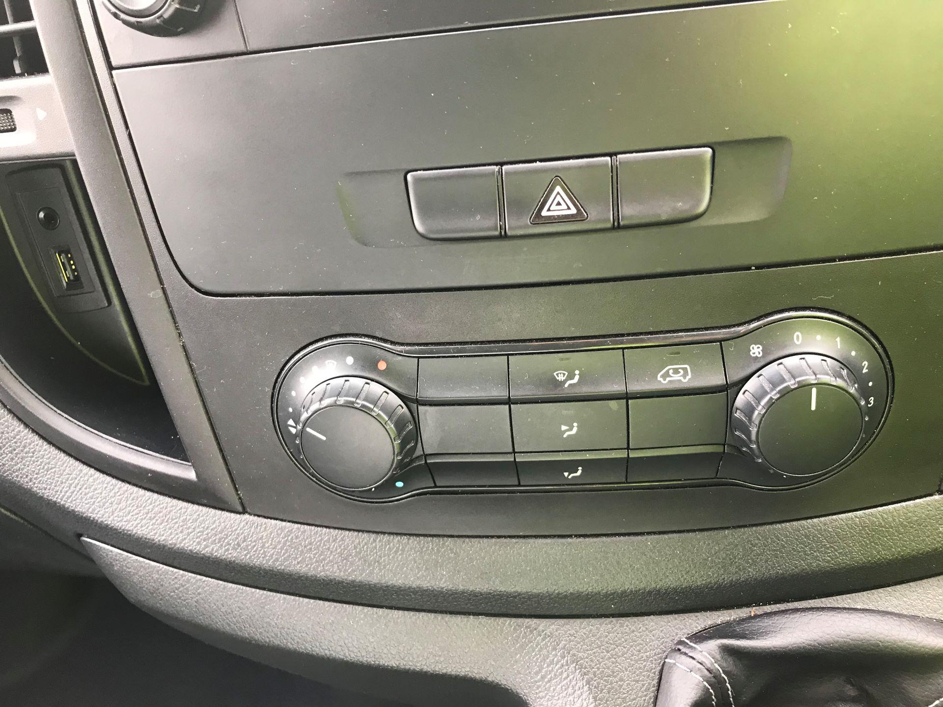 2017 Mercedes-Benz Vito LONG 111CDI VAN EURO 6 (KP67EJK) Image 20