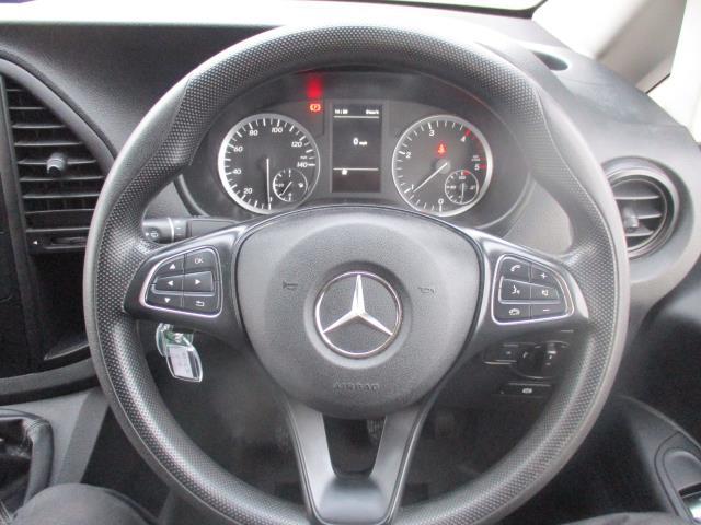 2017 Mercedes-Benz Vito LONG 111CDI VAN EURO 6  (KP67EJV) Image 16