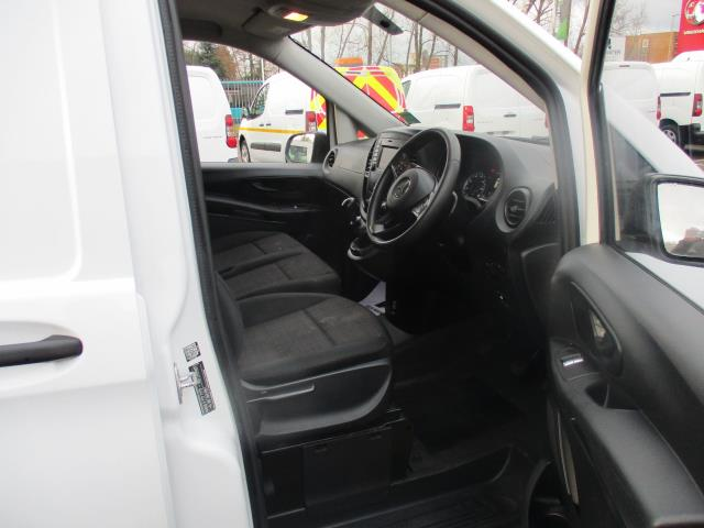 2017 Mercedes-Benz Vito LONG 111CDI VAN EURO 6  (KP67EJV) Image 9