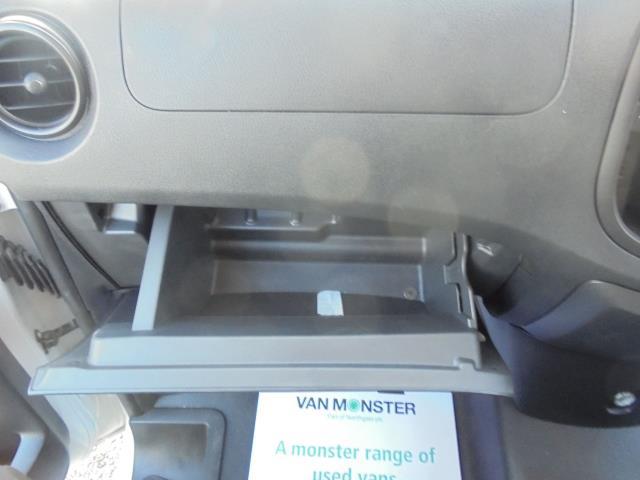 2017 Mercedes-Benz Vito LONG 111CDI VAN EURO 6  (KP67EKY) Image 17