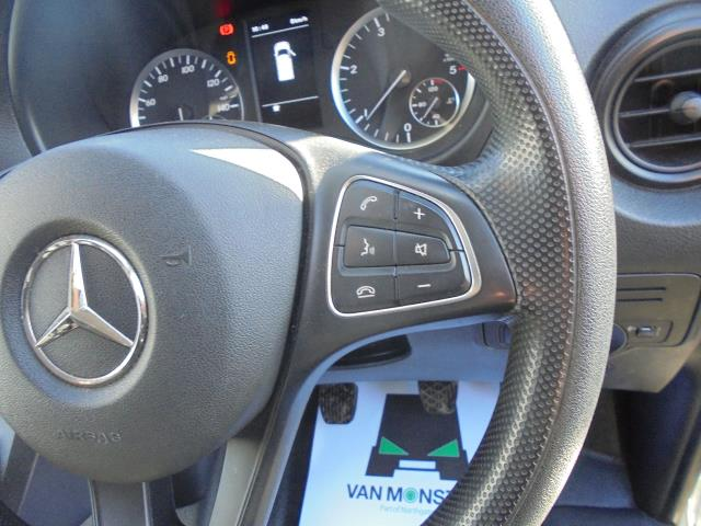 2017 Mercedes-Benz Vito LONG 111CDI VAN EURO 6  (KP67EKY) Image 29