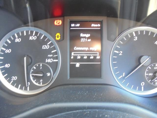 2017 Mercedes-Benz Vito LONG 111CDI VAN EURO 6  (KP67EKY) Image 33