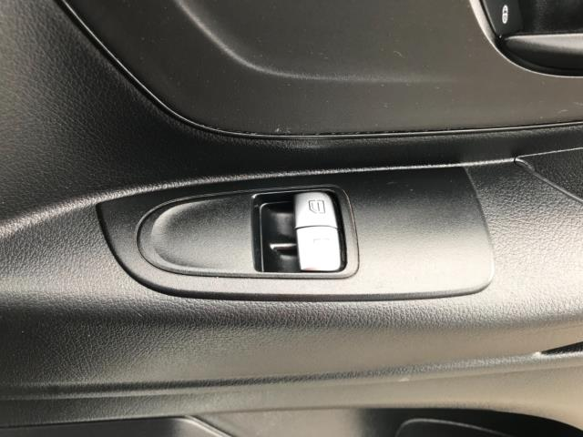 2017 Mercedes-Benz Vito 111Cdi Van LWB Euro 6 (KP67ENM) Image 16
