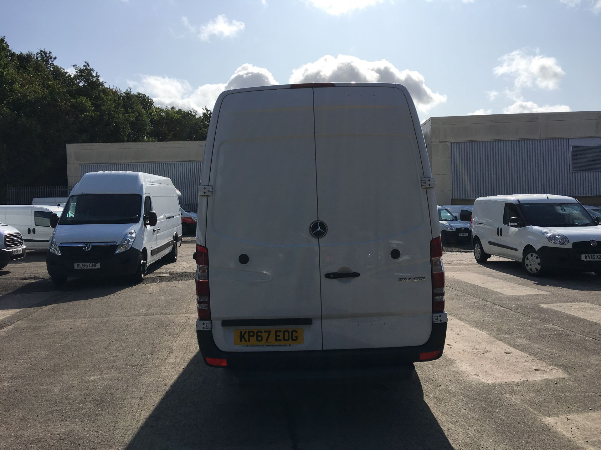 2017 Mercedes-Benz Sprinter 314 CDI LWB HIGH ROOF VAN EURO 6 (KP67EOG) Image 11