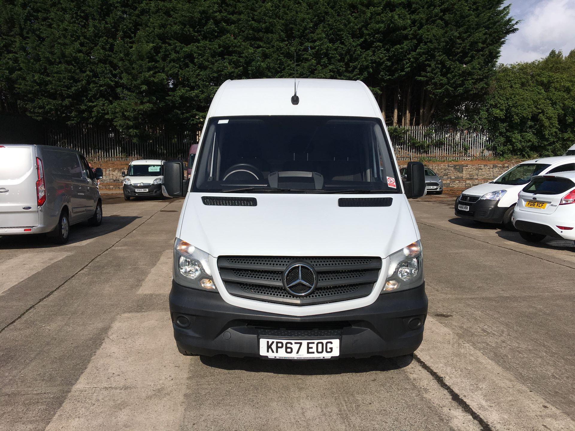 2017 Mercedes-Benz Sprinter 314 CDI LWB HIGH ROOF VAN EURO 6 (KP67EOG) Image 16