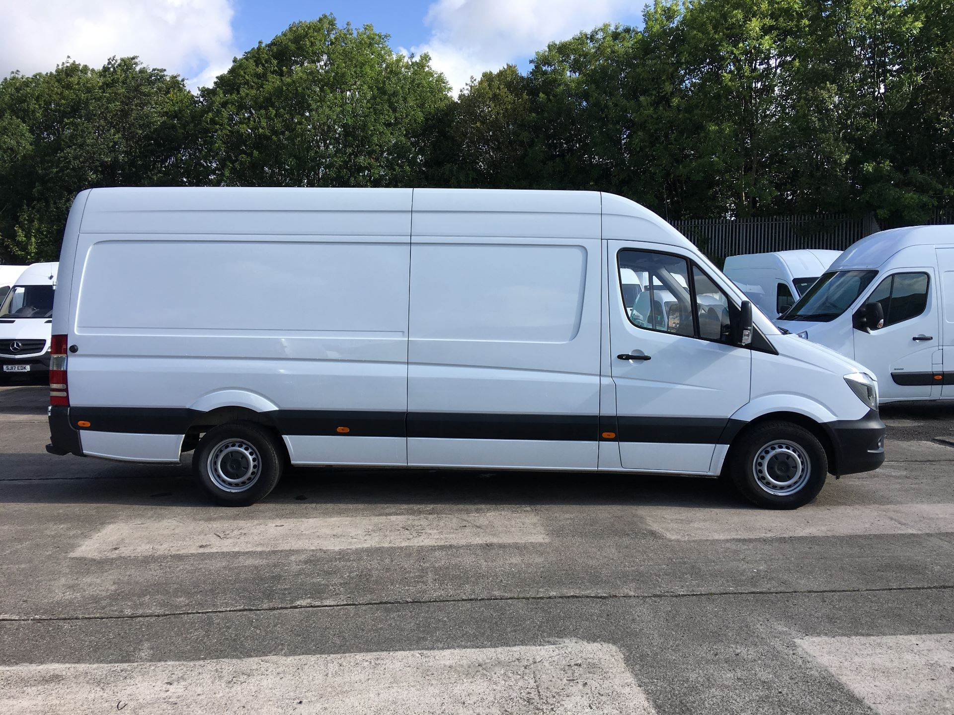2017 Mercedes-Benz Sprinter 314 CDI LWB HIGH ROOF VAN EURO 6 (KP67EOG) Image 9