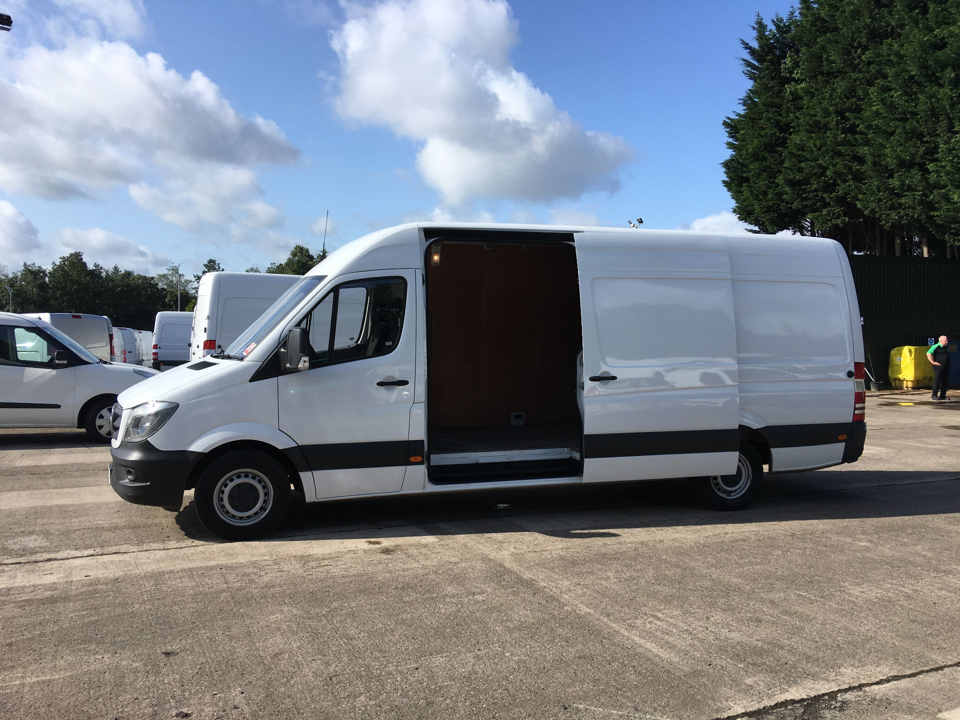 2017 Mercedes-Benz Sprinter 314 CDI LWB HIGH ROOF VAN EURO 6 (KP67EOG) Image 20