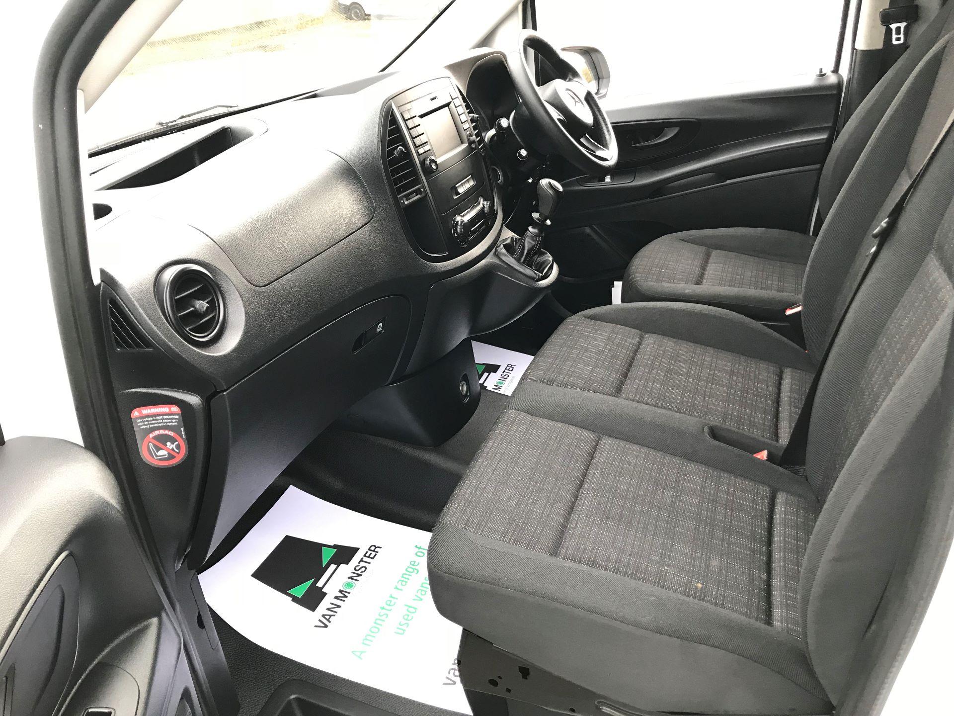 2017 Mercedes-Benz Vito LONG 111CDI VAN EURO 5/6  (KP67EOO) Image 22
