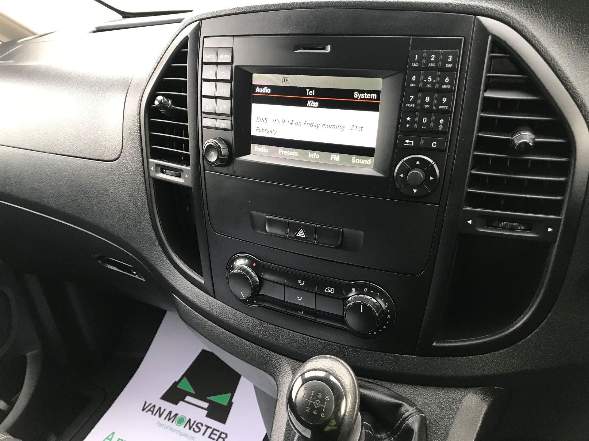 2017 Mercedes-Benz Vito LONG 111CDI VAN EURO 5/6  (KP67EOO) Image 27