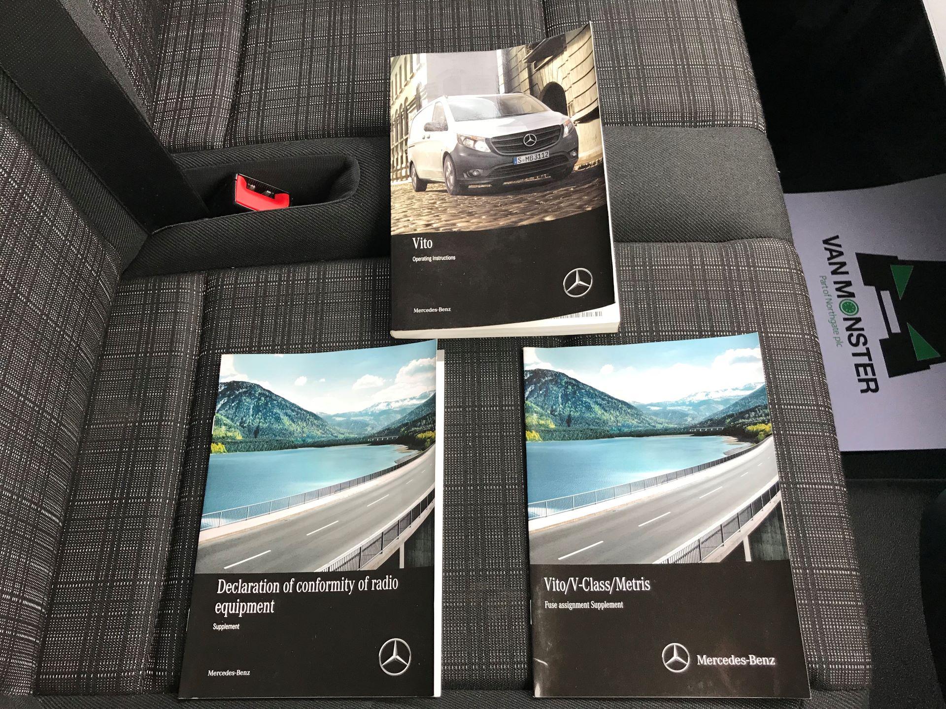 2017 Mercedes-Benz Vito LONG 111CDI VAN EURO 5/6  (KP67EOO) Image 32