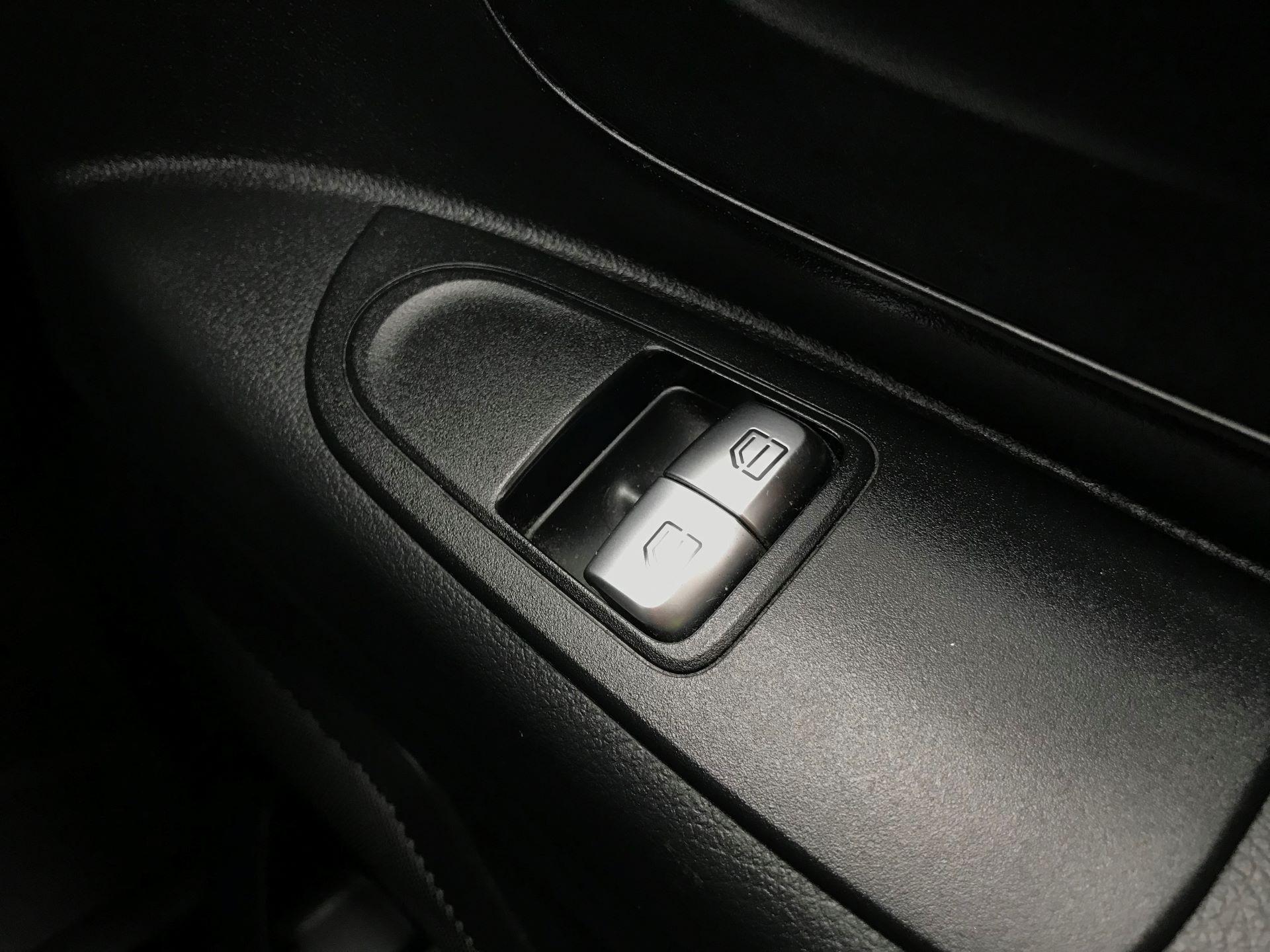 2017 Mercedes-Benz Vito LONG 111CDI VAN EURO 5/6  (KP67EOO) Image 31