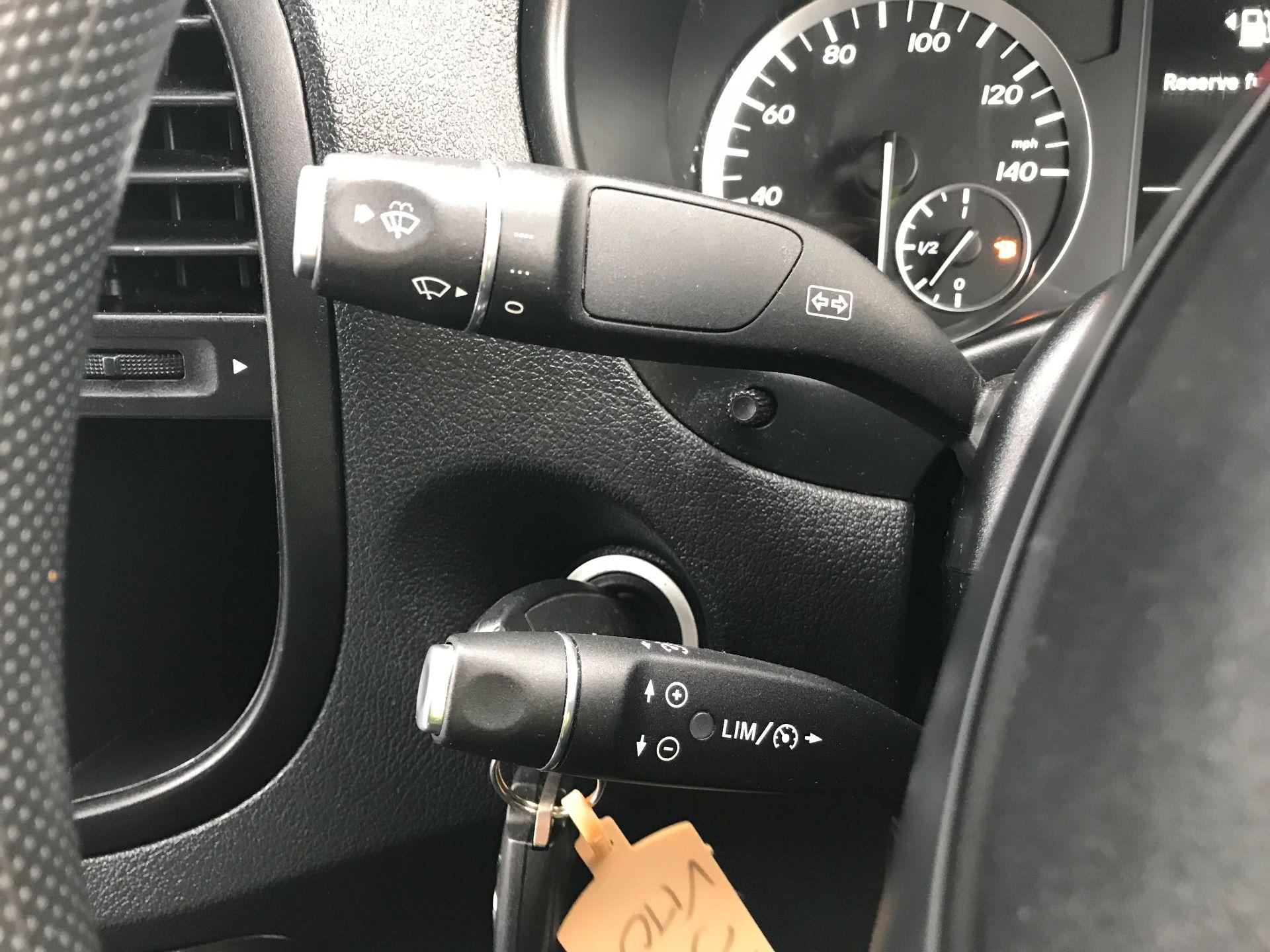 2017 Mercedes-Benz Vito LONG 111CDI VAN EURO 5/6  (KP67EOO) Image 28