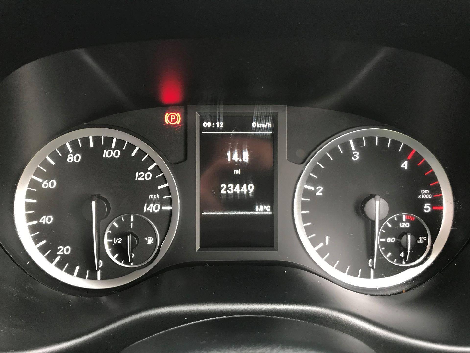 2017 Mercedes-Benz Vito LONG 111CDI VAN EURO 5/6  (KP67EOO) Image 26