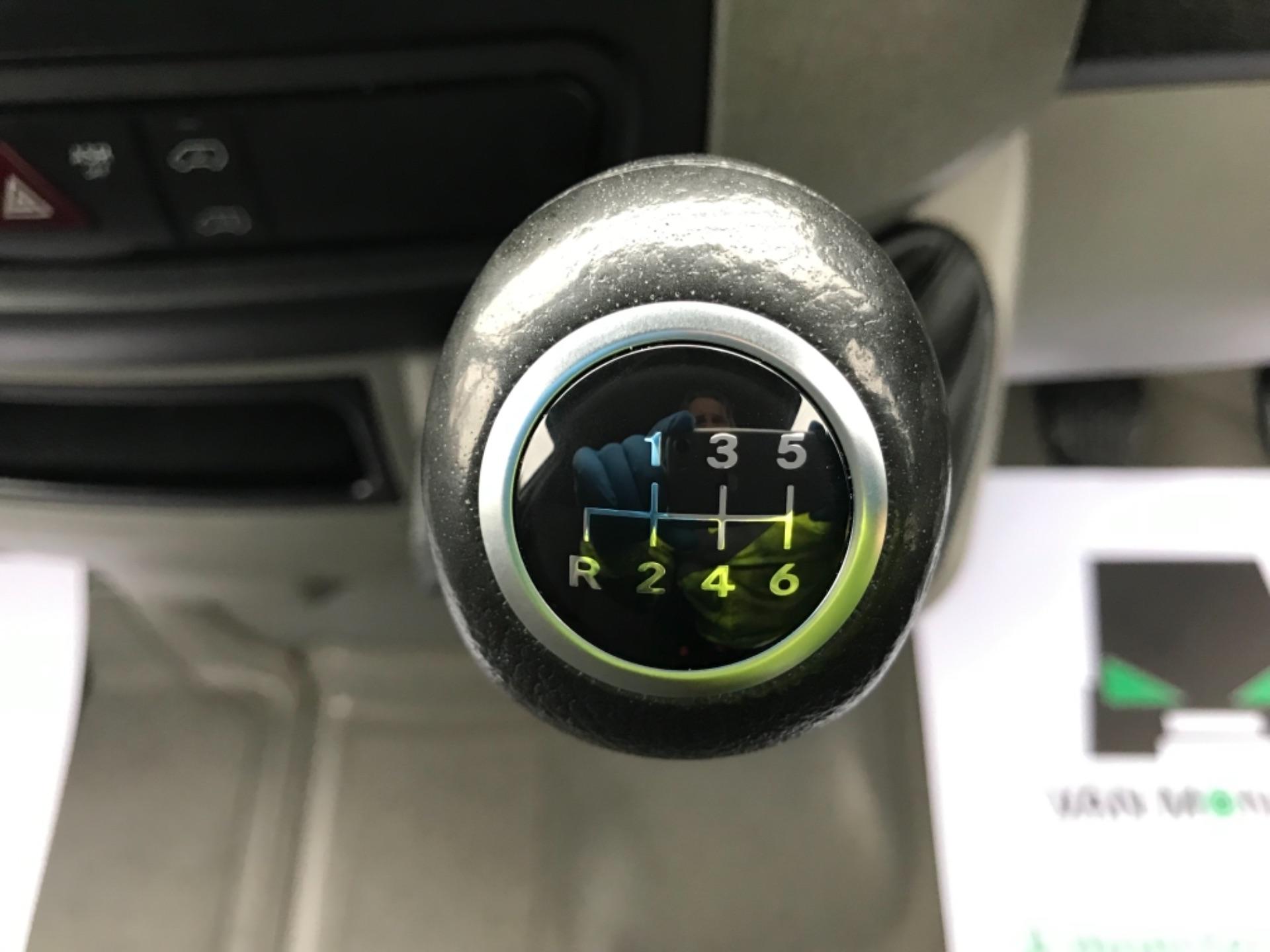 2017 Mercedes-Benz Sprinter  314 LWB H/R VAN EURO 6 (KP67EOZ) Image 15