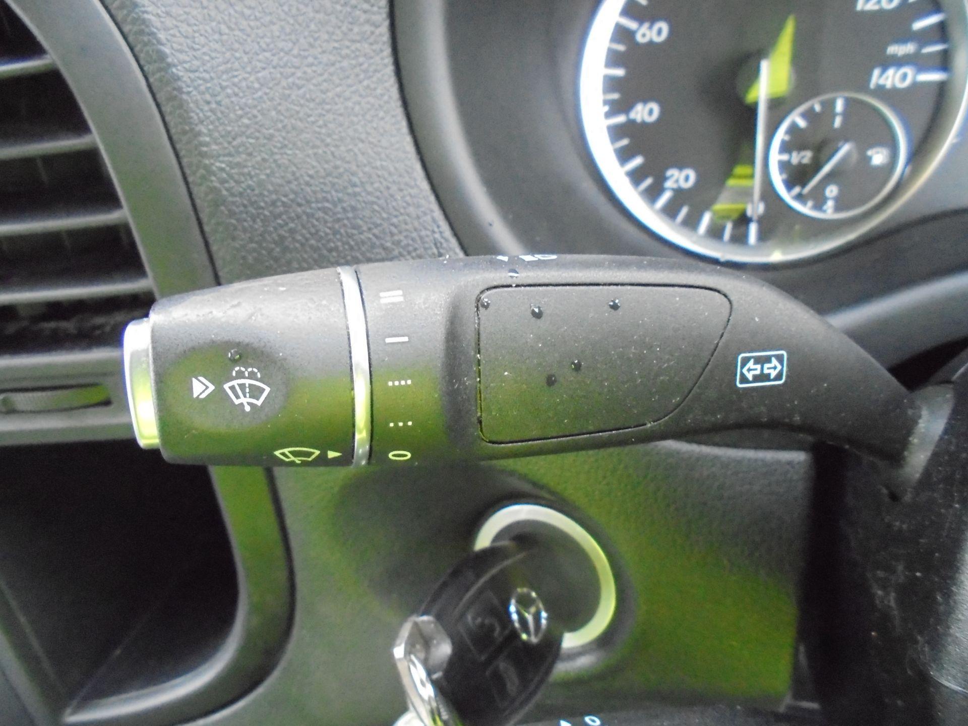 2017 Mercedes-Benz Vito 111Cdi Van (KP67EPN) Image 17